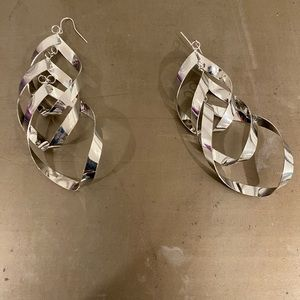 Stainless steel statement earring.